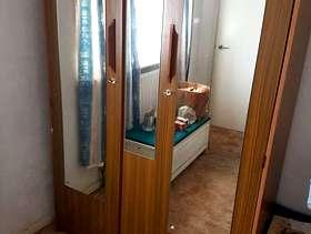 Freecycle Double Mirrored-Door Wardrobe