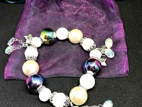 Freecycle Karma imitation Pearl, Mother of Pearl and Silver Bracelet.