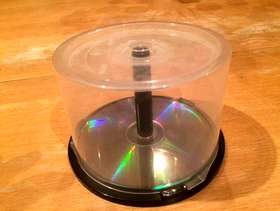 Freecycle Round plastic container for CDs and DVDs - Collect Guildford ...