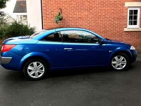 Freecycle Renault Megane Dynamique - Convertible