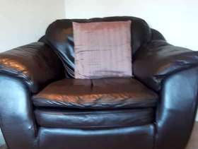Freecycle Dark brown leather 3 piece suite