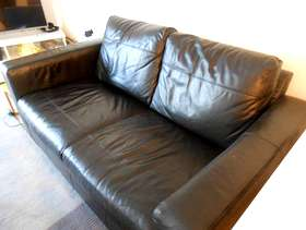Freecycle Next black leather Settee