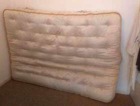Freecycle Double divan bed